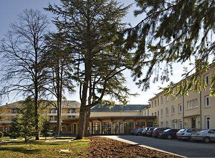 Centre de Soins de Suite et de Réadaptation LA CLAUZE - 12170 - Réquista (2)