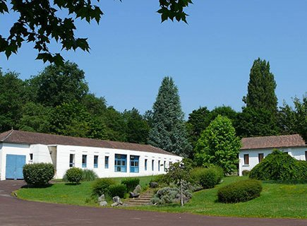 Centre Éducatif et Technique La Rousselière - 24340 - Rudeau-Ladosse (1)