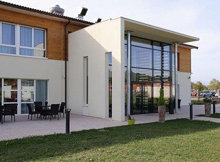 EHPAD Résidence Arthéna - 31800 - Villeneuve-de-Rivière (1)