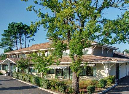 EHPAD Résidence La Villa des Pins - 33510 - Andernos-les-Bains (1)