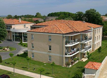 EHPAD Résidence Les Jardins de Charlotte - 86170 - Neuville-de-Poitou (1)