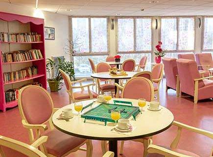 EHPAD Résidence Les Jardins Médicis - 01300 - Belley (1)