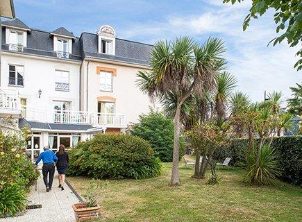 Korian Villa la Balnéaire - 35800 - Dinard (5)