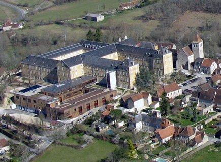 La Roseraie Centre de Rééducation Fonctionnelle - 46240 - Montfaucon (1)