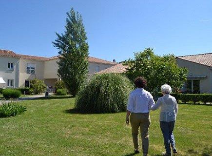 Les Résidentiels - Résidence Seniors avec Services - Tonnay-Charente - 17430 - Tonnay-Charente (3)