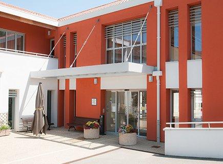 Maison St Jean Baptiste, Association Les 7 Sources - 63410 - Loubeyrat (1)
