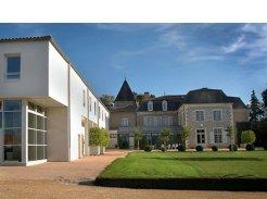 Etablissement d'Hébergement pour Personnes Agées Dépendantes - 79410 - Cherveux - EHPAD Les Fougères - Melioris le Logis des Francs