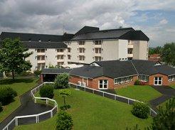 Etablissement d'Hébergement pour Personnes Agées Dépendantes - 95332 - Domont - EHPAD Résidence Val de France