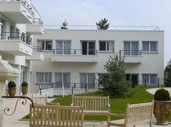 Etablissement d'Hébergement pour Personnes Agées Dépendantes - 92320 - Châtillon - Emera - EHPAD du Parc