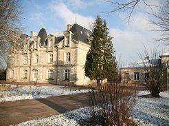 Etablissement d'Hébergement pour Personnes Agées Dépendantes - 86230 - Saint-Gervais-les-Trois-Clochers - Emera - EHPAD Le Domaine de L'Echeneau