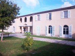 Maison d'Accueil Spécialisée Les Iris - 13210 - Saint-Rémy-de-Provence