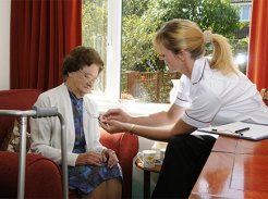 SSIAD Service de Soins Infirmiers à Domicile - Centre de Gérontologie Clinique Léopold Bellan